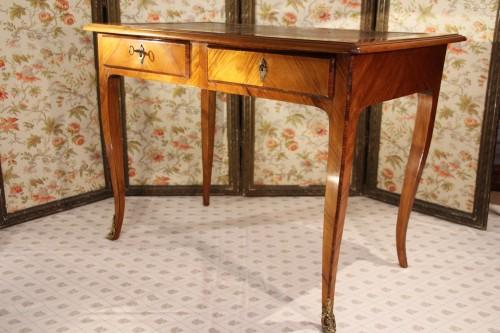 Writing table Louis XV stamped Pierre BONNEMAIN - Furniture Style Louis XV