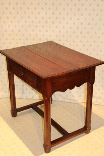 Convent table, Avignon 17th century -