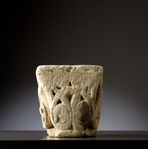 Twelfth century capital - Middle age