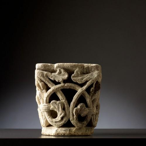 Antiquités - Twelfth century capital