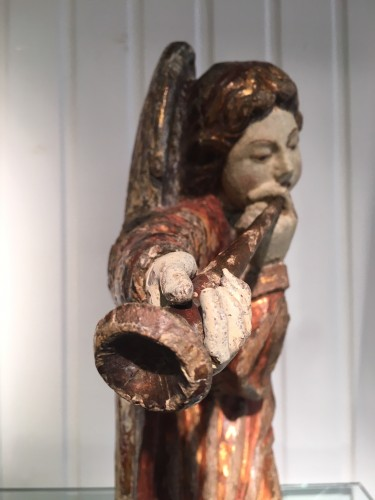 Ange musicien jouant de la trompette - 1460/1470 Bruges ou Gand - Don Verboven - Exquisite Objects