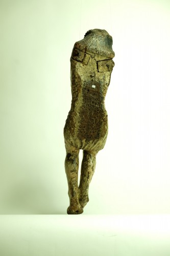 Middle age - 15th century Spanish corpus in chestnut wood