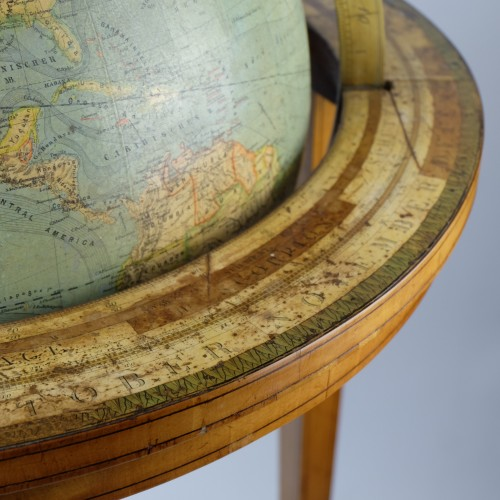 Collectibles  - 19th Century globe of Ernst Schotte (Berlin) in the German language