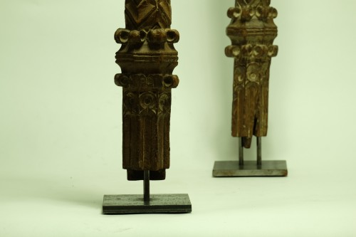 Two wooden pillars - 14th Century - France - Middle age