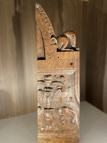 Fragment of a medieval wooden stall (oak), Italy, Early 16th century -