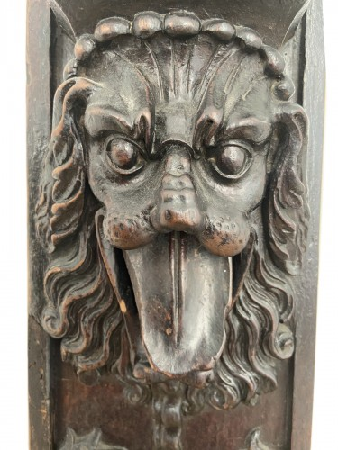 A richly decorated wooden lock plate - Renaissance - XVII - Flanders