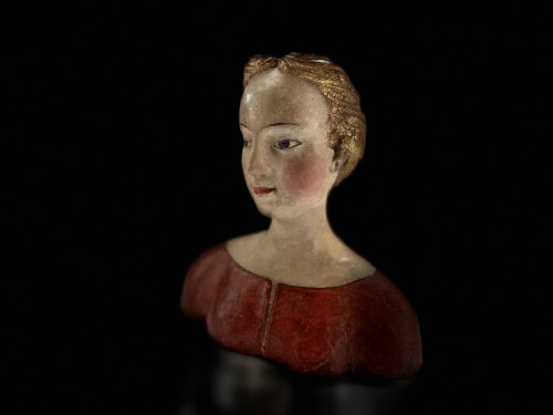 <= 16th century - Bust of a young noble lady Italy (Tuscany?) - XVIth century