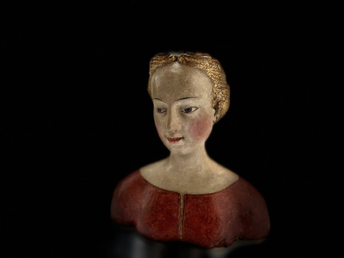 Bust of a young noble lady Italy (Tuscany?) - XVIth century - Middle age