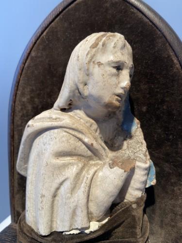 Porcelain & Faience  - A fragment of a rondella - ceramic - workshop Della Robbia (?) - ca. 1480