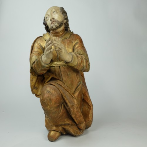 "Antiquités - A Baroque sculpture of a kneeling ""Saint John"" - Southern Europe (Spain?)"
