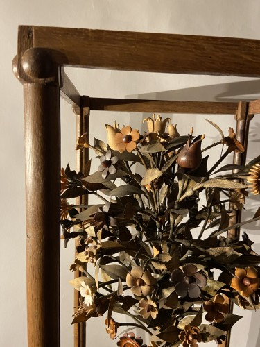 Curiosities  - A vase with flowering plant - ca. 1900 - wood carving - Leuven