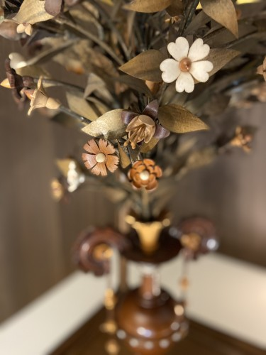 A vase with flowering plant - ca. 1900 - wood carving - Leuven -