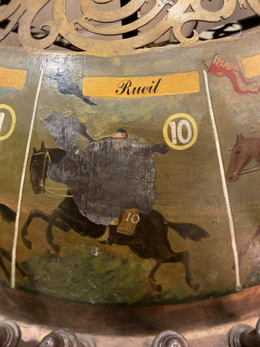 Antiquités - 19th century horse game with board and merry-go-round (France - Deauville?)