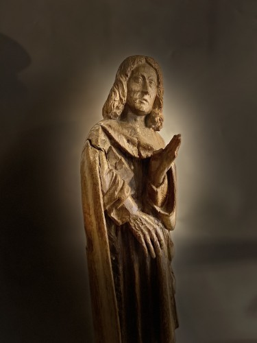 A sculpture (late Gothic) in oak of the apostle John, XVI Flanders - Middle age