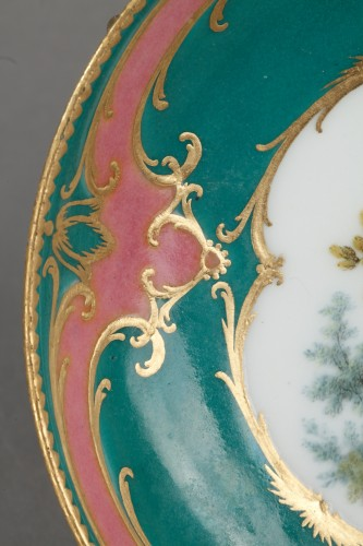 Sèvres soft-paste porcelain saucer, dated 1760 -