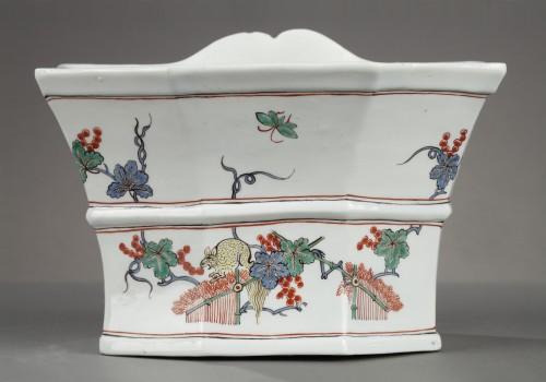 Chantilly soft-paste hanging flower-pot, circa 1735-1740 - Porcelain & Faience Style Louis XV