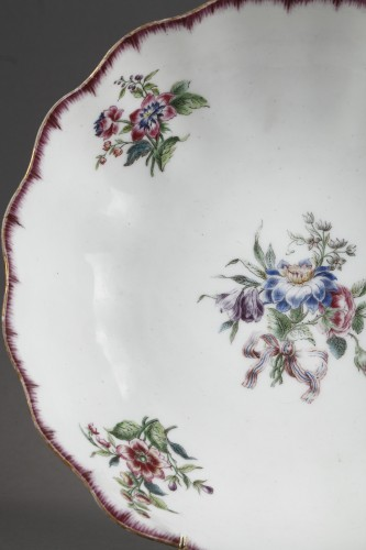 Very rare Vincennes soft-paste porcelain ewer and basin, circa 1749-1750 -