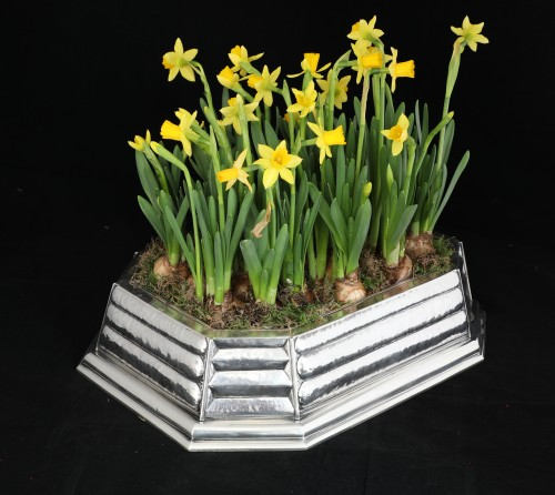 Antique Silver  - Silver centerpiece from the Art Déco period, design by Raymond Ruys 1930