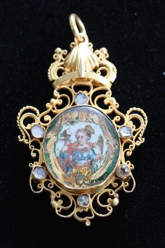A rare pendant double-sided, verre eglomisé Sint Barbara and Sint Catherine - Antique Jewellery Style Louis XV