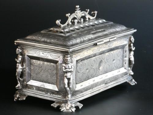 A Spanish silver holy oil case, Hernando de Onãte, Zaragoza, circa 1581 - Antique Silver Style Renaissance
