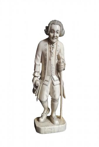 Ivory statuette figuring J.-J. Rousseau
