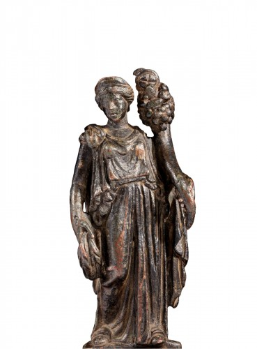 Roman bronze statuette of Fortuna