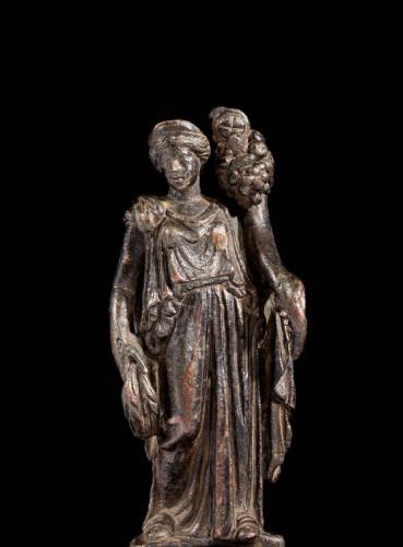 Roman bronze statuette of Fortuna - Ancient Art Style