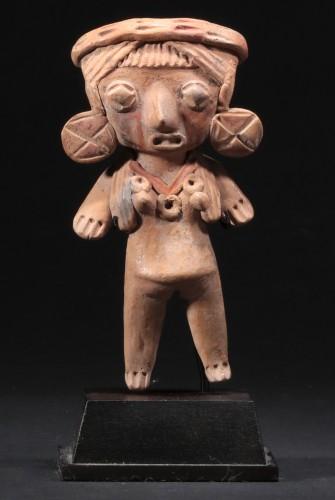 Ancient Art  - Michoacan female figure