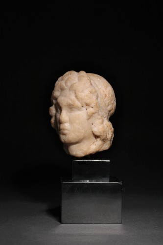 Hellenistic marble head of a statuette - Ancient Art Style