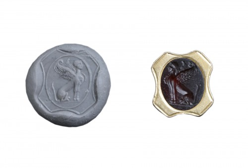 Roman carnelian intaglio depicting a sphinx