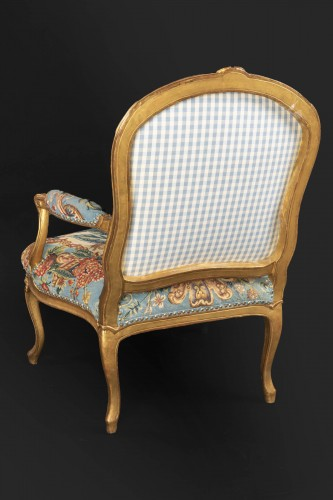 Upholstery and gilded wood Louis XV armchairs pair -