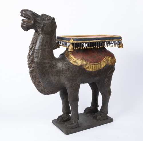 Painted wooden camels pair Venitian work 18th century - Louis XVI