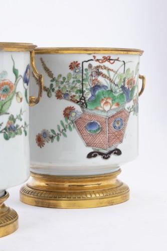 Louis XIV - Cooling buckets porcelain pair Kangxi period