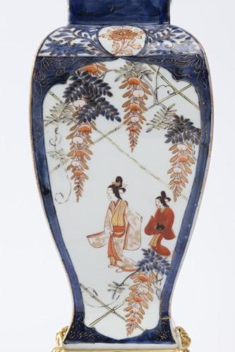 18th century - Japan porcelain vases pair 18th