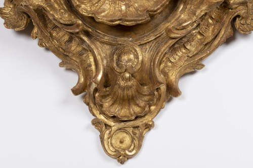 Decorative Objects  - Big mid 18th wall bracket