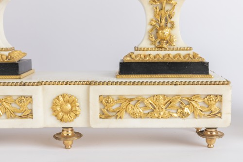 Directoire - Set of clock and two candlesticks Directoire period late 18th