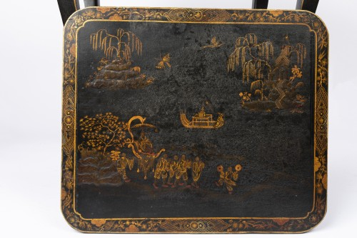 18th century - Blackened table chinese ornament