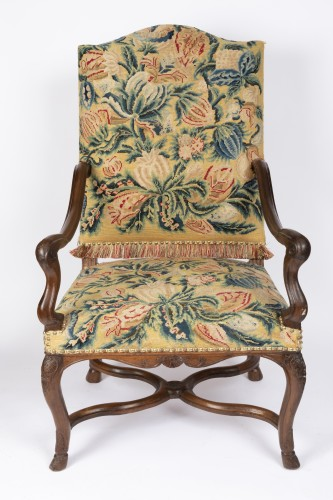 Tapestry walnut armchairs pair Régence period 18th - French Regence