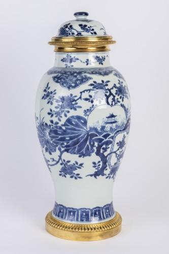 Big covered China porcelain vase Kang xi period - Porcelain & Faience Style Louis XIV