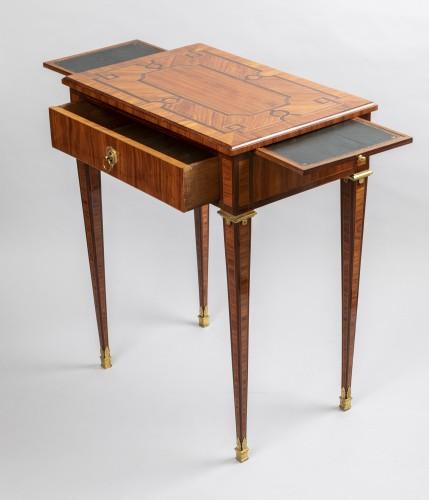 Parketry writing table Louis XVI period late 18th - Furniture Style Louis XVI