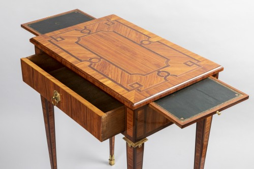 18th century - Parketry writing table Louis XVI period late 18th