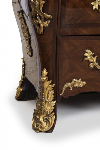 Furniture  - Régence period chest 18th by DOIRAT