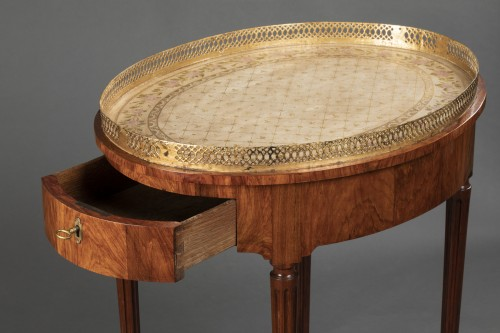 Furniture  - French Louis XVI Mahogany table stamped Canabas