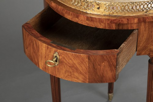 18th century - French Louis XVI Mahogany table stamped Canabas