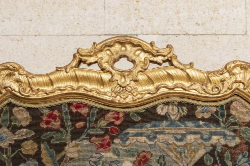 Louis XV - Fireplace Louis XV period mid 18th