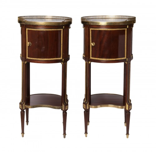 Mahogany bedside tables pair 19th century