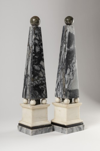 Directoire - Marble obelisks pair late 18th/early 19th century
