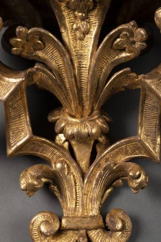 Decorative Objects  - Large pair of  Louis XIV wall brackets