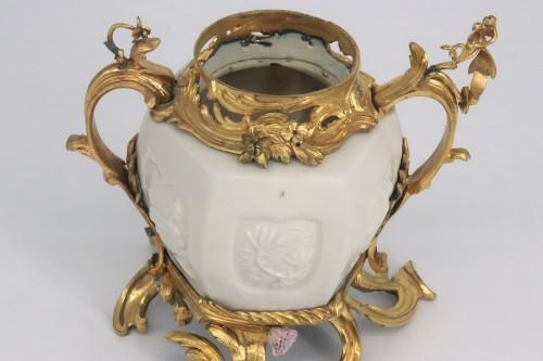 """Louis XV - """"Pot pourri"""" vase China porcelain 18th century"""