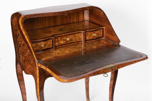 "Louis XV period ""dos d'âne"" stamped SCHMITZ - Furniture Style Louis XV"